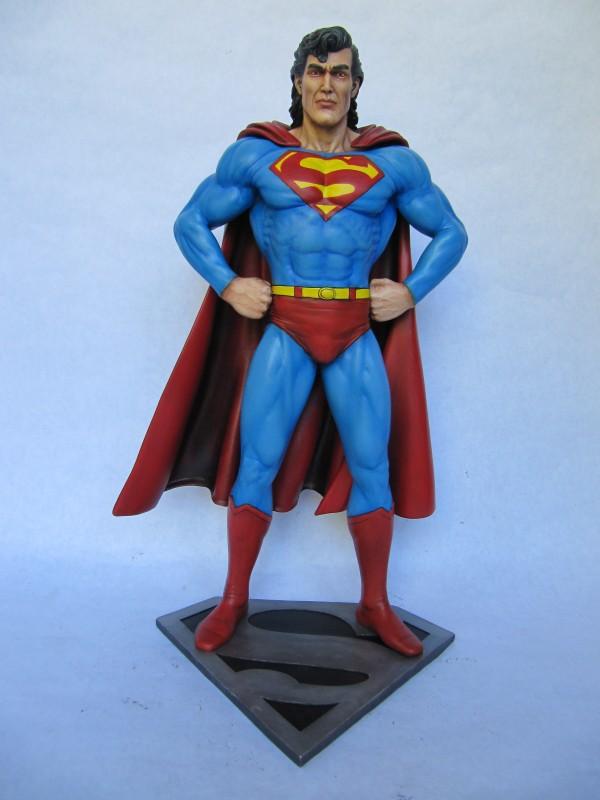 Statue Superman 1/6.