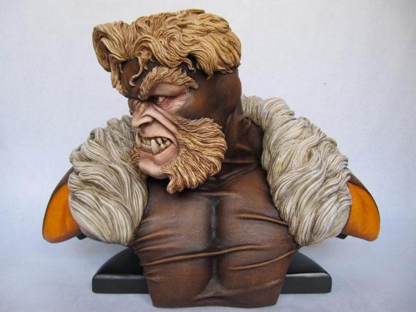 buste sabretooth