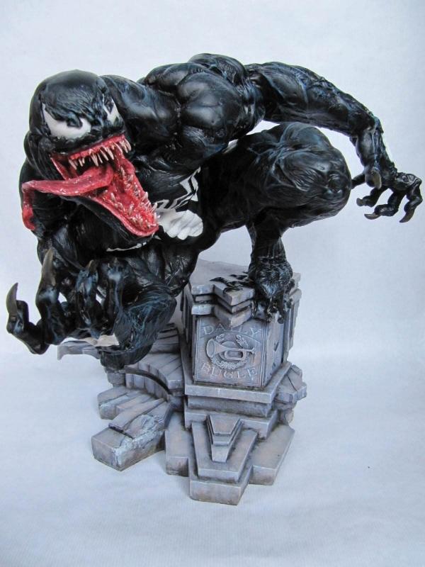 Venom 1/4 model kit.