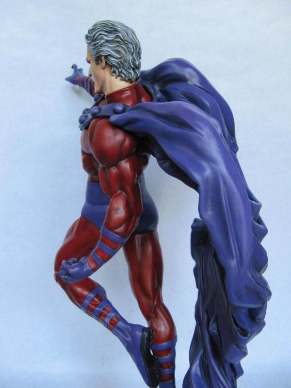 Magneto Comiquette