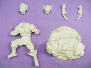 Wolverine model kit 1/6.