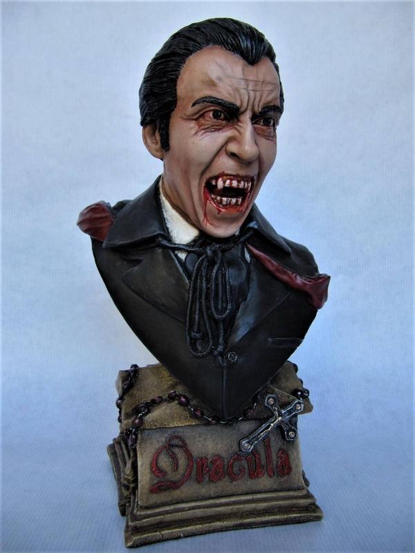 Dracula Lee