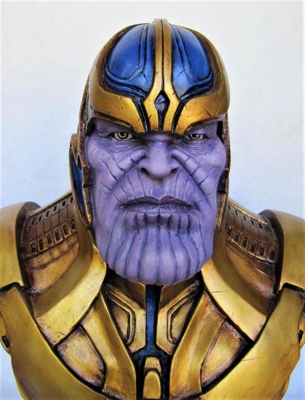 Buste Thanos