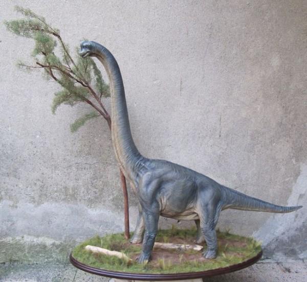 Brachiosaure 1/20.