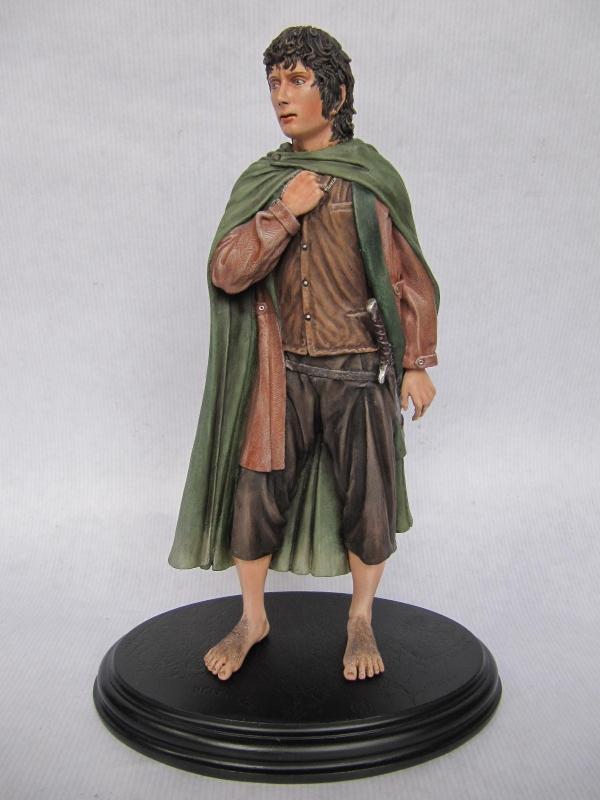 frodo baggins statue.