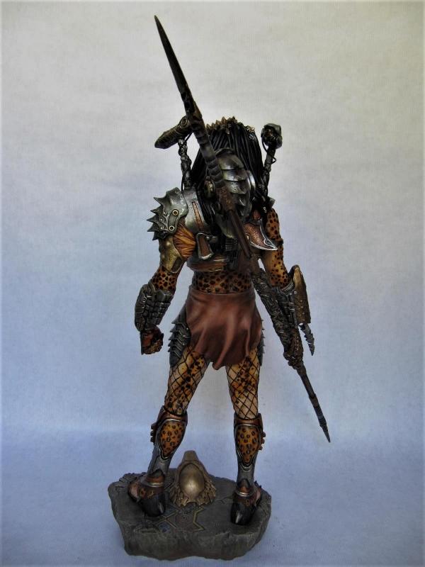 Pred Alternative Hunter