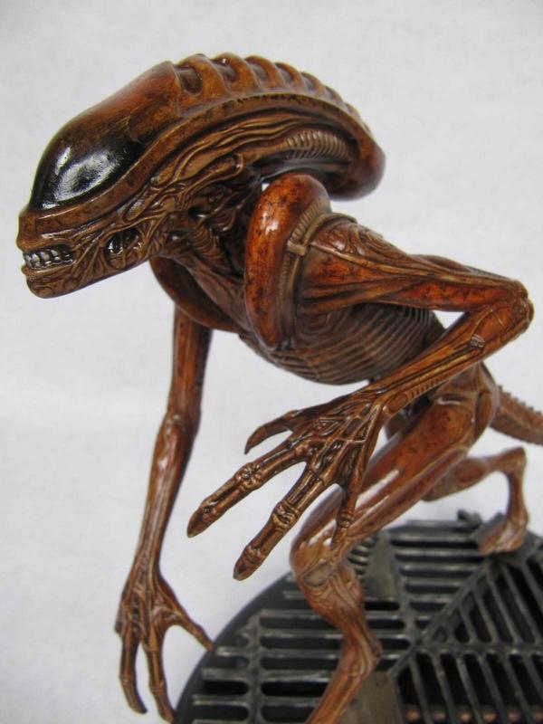 figurine Alien.