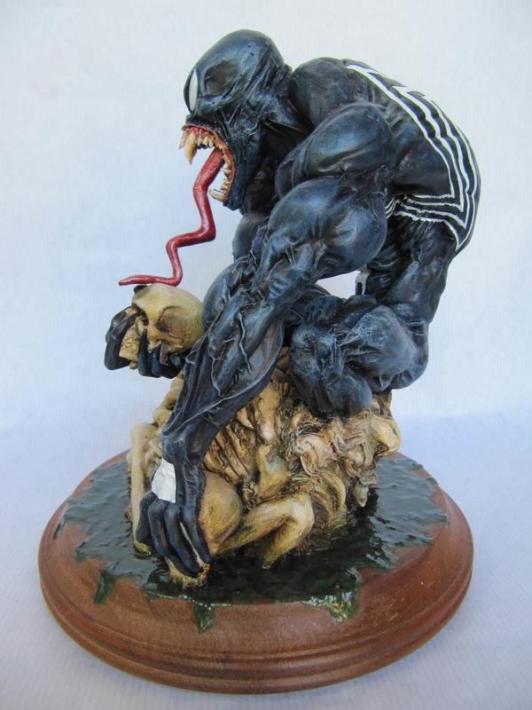 Statue venom